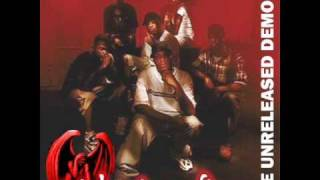 Three 6 Mafia-Drinkin on the Alize