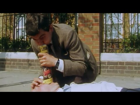 He'll Be There for You | Funny Episodes | Mr Bean Official