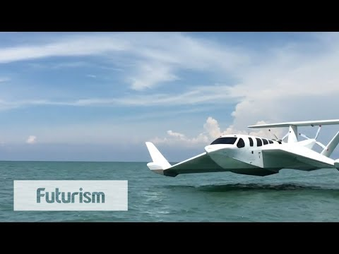 Boat-Plane Hybrid Takes Off From Water