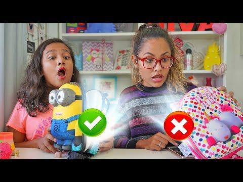 DESAFIO DA TROCA DE LANCHEIRAS COM BRINQUEDOS SURPRESA! (Lunchbox switch up challenge)
