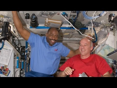 Astronaut Leland Melvin on his path from NFL to NASA