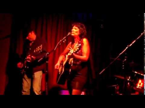 "Raven and the Blackbirds - ""Splittsville"""