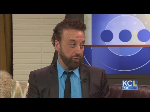 KCl - Yakov Smirnoff takes his comedy on the road