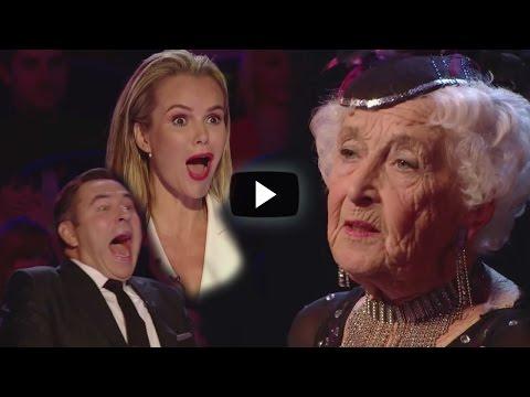 Video Abuela De 80 Años Fue Humillada En Publico… Después De Unos Minutos Deja A Todos Con La Boca Abierta download in MP3, 3GP, MP4, WEBM, AVI, FLV January 2017