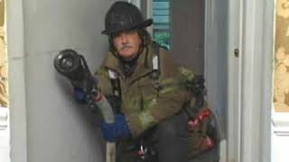 Engine Company Operations: Fire Wrapping and Sweeping