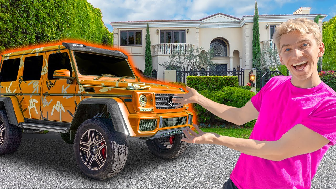 NEW SPY WAGON CAR WRAP REVEAL while LOCKED OUT OF NEW SHARER FAM HOUSE!! (Hidden Mystery Box Found)