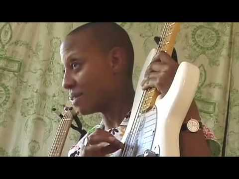 Interview with bassist Gail Ann Dorsey. Gail has played bass for artists such as David Bowie, Tears For Fears, and is currently touring with Gwen Stefani. Gail talks about her favorite Music Man basses.