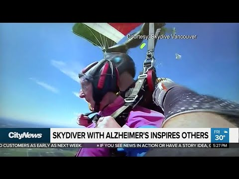 Skydiver with Alzheimer's inspiring others