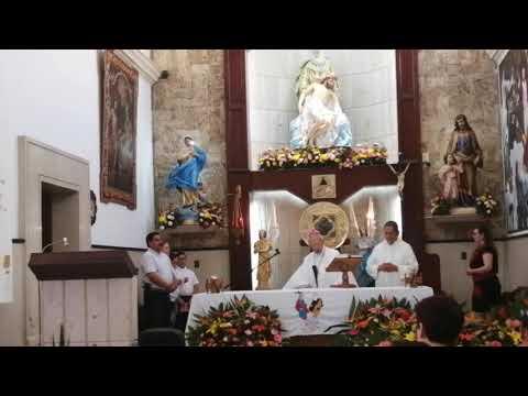 Misa oficiada por el obispo Francisco Villalobos