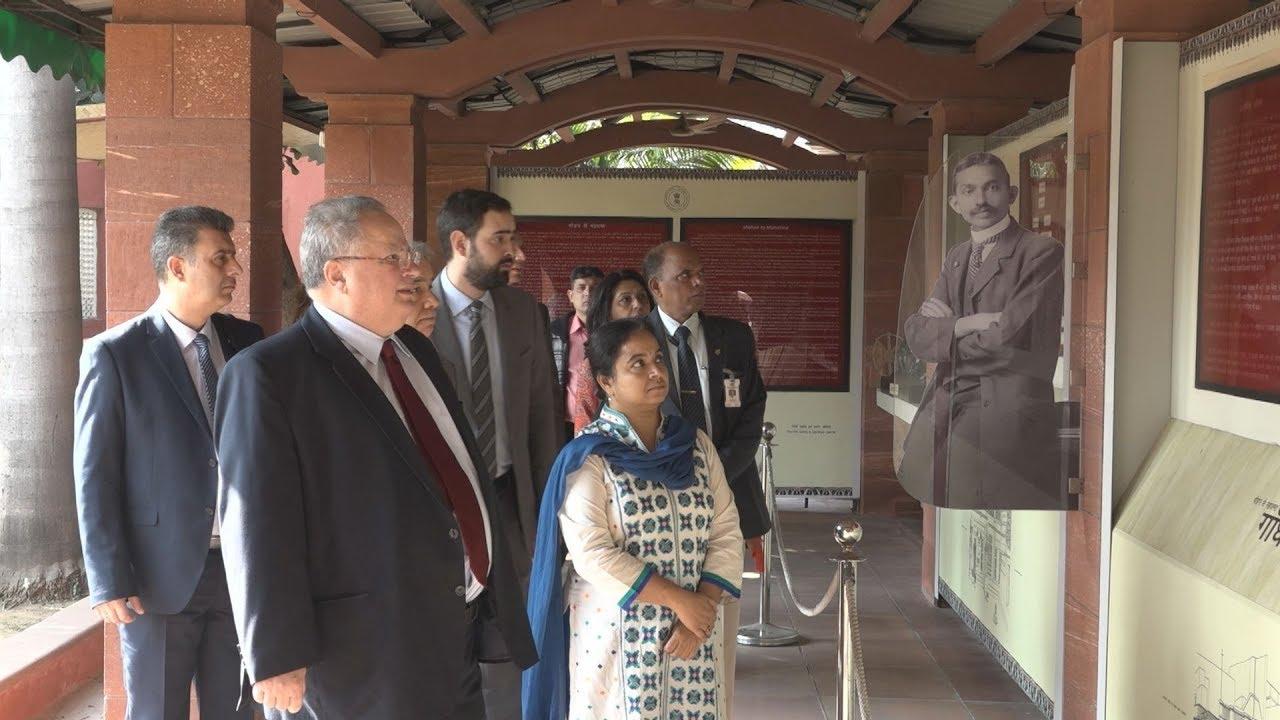 Επίσκεψη ΥΠΕΞ Ν. Κοτζιά στο μουσείο Gandhi Smriti
