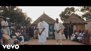 Video Black M - Mama (Clip officiel) ft. Sidiki Diabaté MP3, 3GP, MP4, WEBM, AVI, FLV Mei 2018