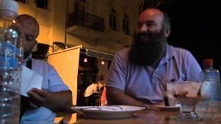 Bisedë e lirë me Hoxhë Bekir Halimi pas Namazit të Teravisë