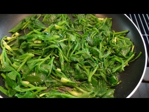 New Zealand Spinach And Garlic Scapes