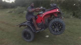 10. Kodiak 700 Wheelie Compilation