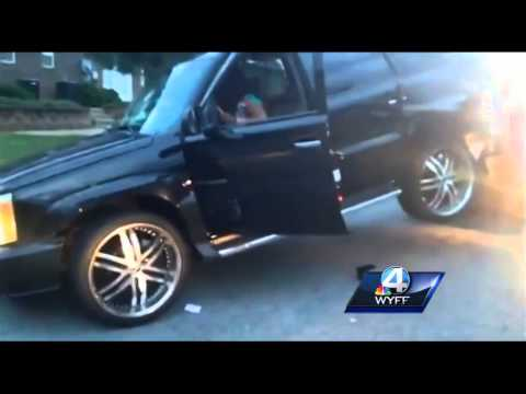 smashing - The owners of a Spartanburg towing company say a woman jumped into her SUV after the vehicle was already on the tow truck and started smashing out the window with a tire iron. Subscribe to...