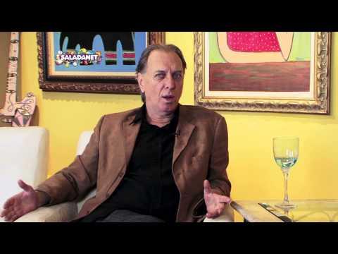 Maura Roth entrevista o ator Renato Prieto