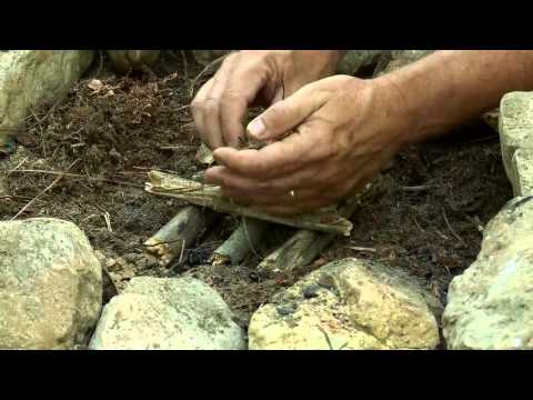 Total Outdoorsman: The Best Way to Start a Fire