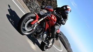 10. Ducati Monster 1100 Evo Test