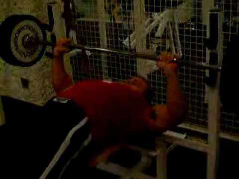 Schwarzenegger Benchpress warm up at 310 pounds….