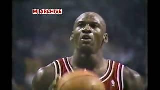 Video Michael Jordan 41 Points & Destroys Celtics in Boston Garden! Revenge Game & Dunks on Larry Bird! MP3, 3GP, MP4, WEBM, AVI, FLV Desember 2018