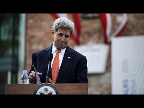 Κέρι: Σιωπηρή παράταση των διαπραγματεύσεων για το πυρηνικό πρόγραμμα του Ιράν