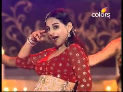 Vidia balan - vidya balan's mind blowing hot perfoemance in Colors screen awards 2012.