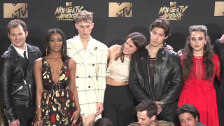 Video Cast of 13 Reasons Why @ MTV Movie and TV Awards MP3, 3GP, MP4, WEBM, AVI, FLV Mei 2017