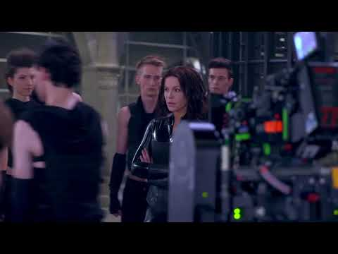 Working With Kate - Featurette Working With Kate (Anglais)