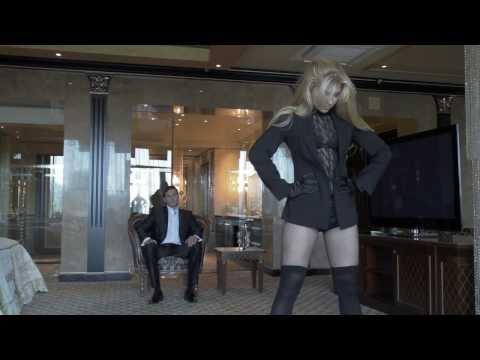 Egy erotikus táncot oktató suli jól sikerült klipje