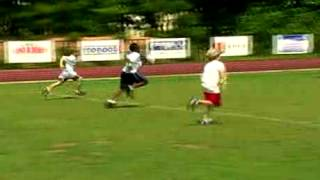 Casey hooks up with Carolina Panthers Linebacker Thomas Davis at FAAM football camp an talks about the camp ans what his youth sports experience.