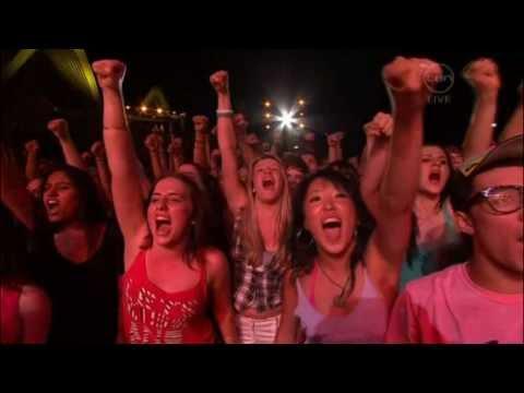 Video [HD] - MIKA - Rain and We Are Golden live Sydney, Australia download in MP3, 3GP, MP4, WEBM, AVI, FLV January 2017