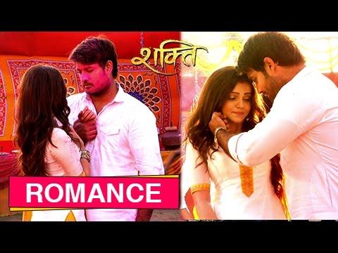 Harman And Soumya Romance in Holi   Shakti - Ek As