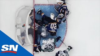 Elias Pettersson Expertly Dekes Out Binnington To Set Up Horvat's Goal by Sportsnet Canada
