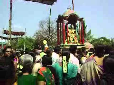 karpagambal - Thirugnana Sambandar does Pradakshinam of Karpagambal after Gnanna paal feeding ritual is over. This takes place on Adhikaranandi Day ie 3 day of the festival.