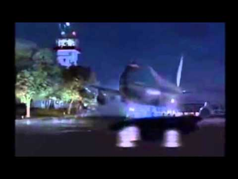 Air Force One Crashes And Explodes