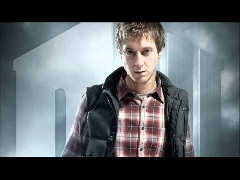 Edmund - Arthur Darvill's Band! Yes that is Arthur singing! Found this a few days ago but it wasn't on YouTube so thought I should upload it and share its awesomeness...