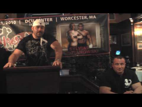 Moosin Tim Sylvia vs Mariusz Pudzianowski - NY Press Conference - April 6, 2010