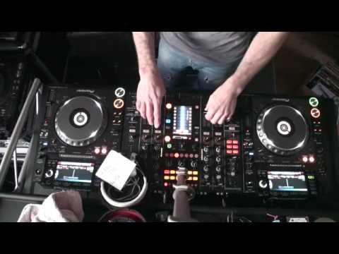 DJ Lesson Mobile DJ Mixing Techniques..2