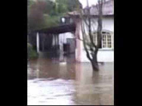 Enchente Santana do Capivari MG Sul de Minas dia 12/01/11