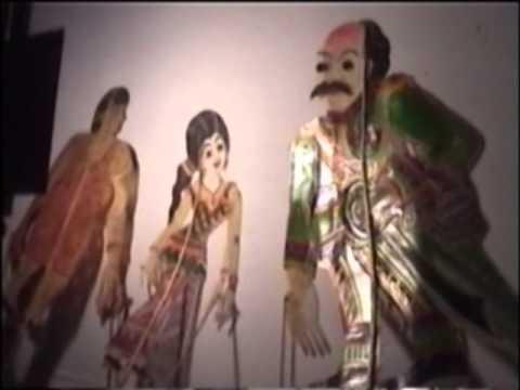 เชิดรูปโรงครู ๒ งานเผยแพร่วัฒนธรรมไทยภาคใต้หนังตะลุง