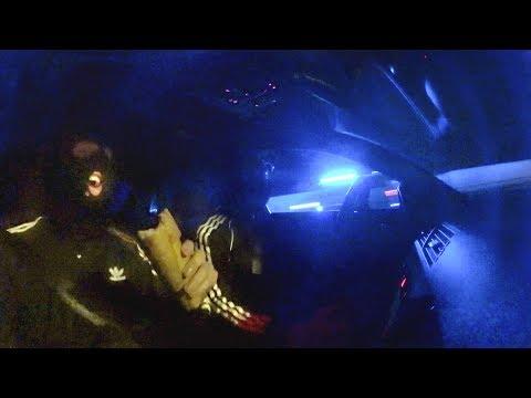 """Dwa patusy w Audi RS4 """"bawią"""" się z policją w berka"""