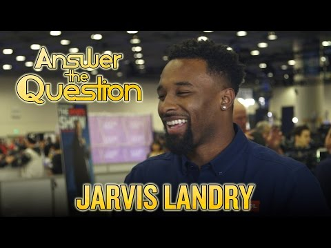 Video: 2016 Super Bowl: Jarvis Landry knows his Coldplay, impersonates Peyton Manning