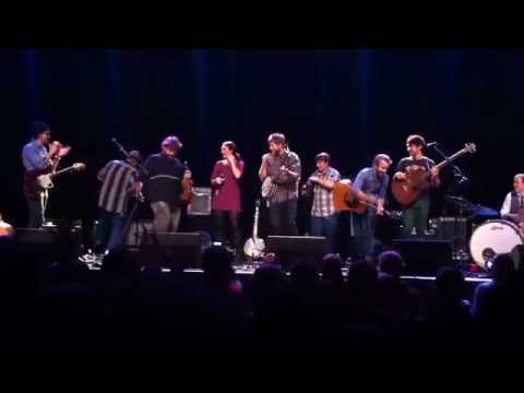 "HONEYHONEY & Trampled By Turtles Perform ""Angel Of Death"""