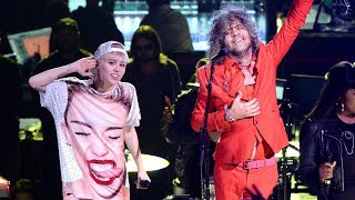 Miley Cyrus - Yoshimi Battles the Pink Robots (The Flaming Lips Cover)