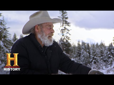 Mountain Men: Tom and Sean Set the First Beaver Trap (Season 8) | History