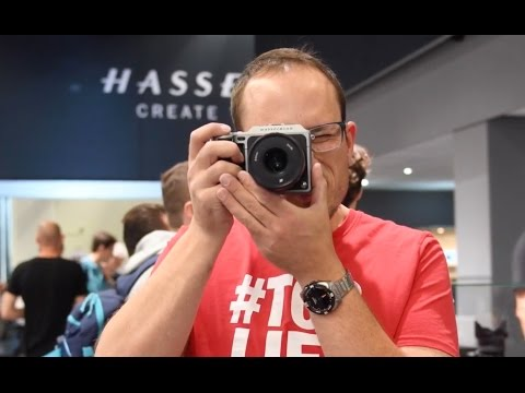 Hands on with the Hasselblad X1D mirrorless