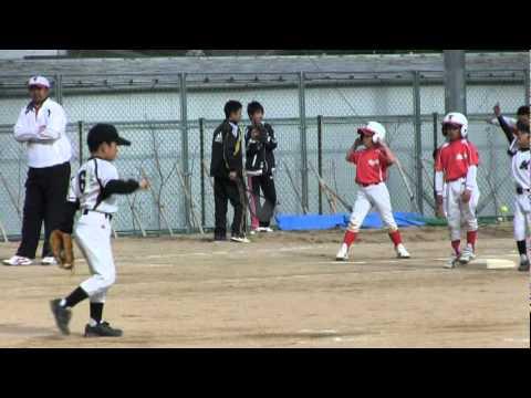 2012/04/01 夢野の丘小学校戦 天翔(てんと)ピッチング1イ