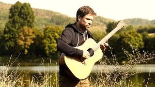 Video Adam Pavlíček - Blackbird / fingerstyle guitar
