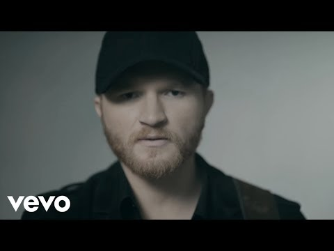 Eric Paslay- She Don't Love You
