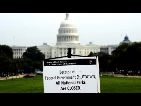 White House blames Democrats for government shutdown